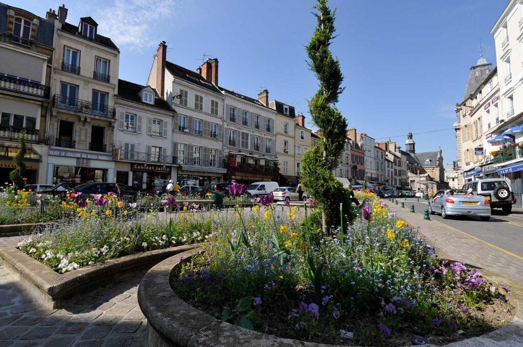 Fontainebleau fontainebleau tourisme for Piscine fontainebleau