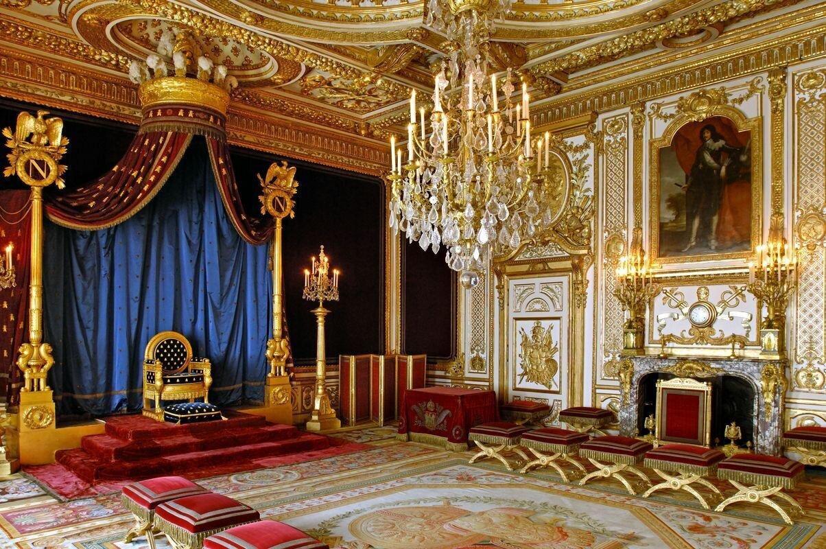 circuit - ville impriale - salle du trone au chateau de fontainebleau