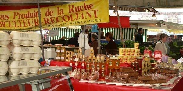 Marché de Fontainebleau – producteur de miel