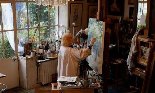 L'artiste Erika Gagé à Barbizon