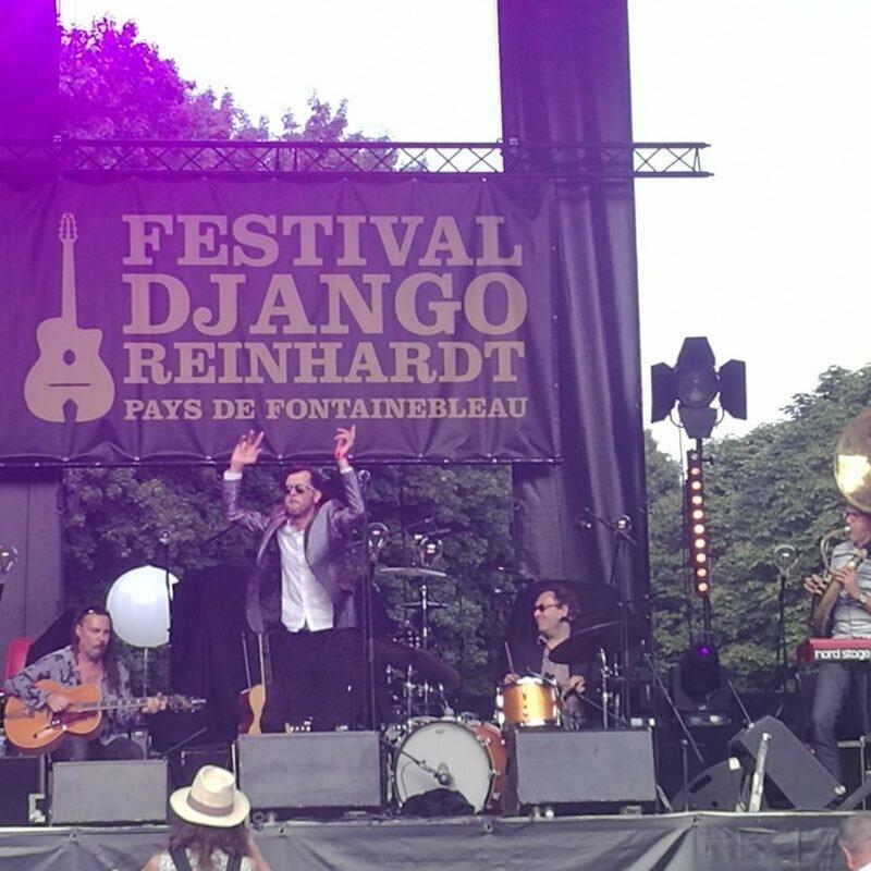 Hugh Coltman en concert au festival Django Reinhardt
